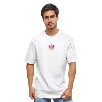 Camiseta Adidas 3D Trefoil